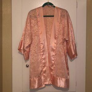 Vintage Victoria's Secret blush pink kimono robe